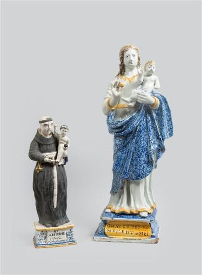 NEVERS (?) Statuette en faïence polychrome...
