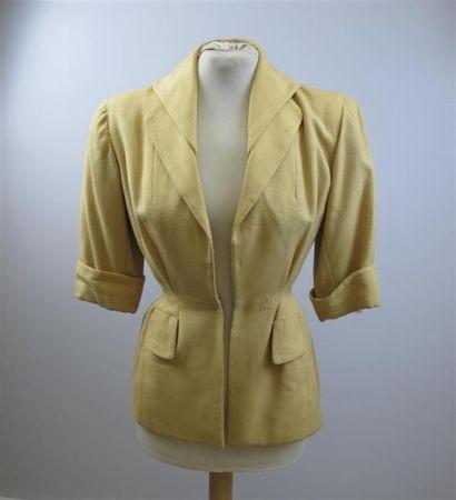 CARVEN Haute Couture. Veste à double col,...