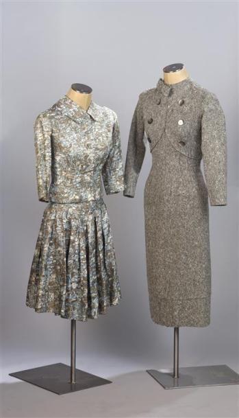 CARVEN Haute Couture. Tailleur jupe en soie...