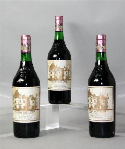 3 Bouteilles Château Haut Brion 1er GCC Pessac...