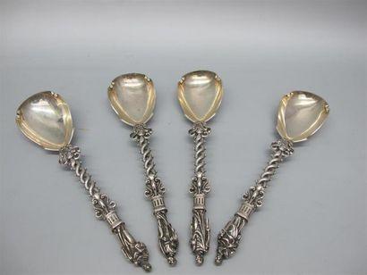Quatre cuillères en argent (925°/°°) à décor...