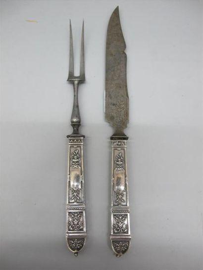 Couteau et fourchette en argent fourré (950°/°°),...