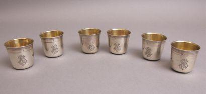 Six curons en argent gravé de filets et monogrammés...