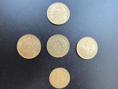 Cinq monnaies en or de: 50 kopecks, Tsar...