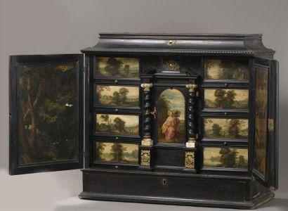 Cabinet flamand du XVIIème siècle, en bois...
