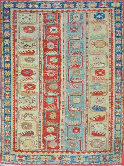 CHOBI ( Inde) décor rappelant les tapis turcs...