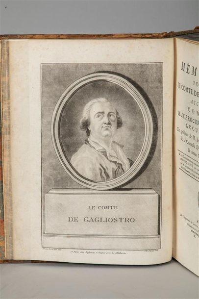 AFFAIRE DU COLLIER . Collection complète...