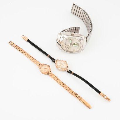 Lot de 3 montres en acier et métal doré signé...