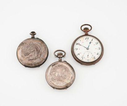 Lot de deux montres de gousset en argent...