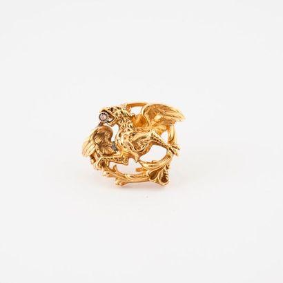 Broche en or jaune (750) et platine (850)...