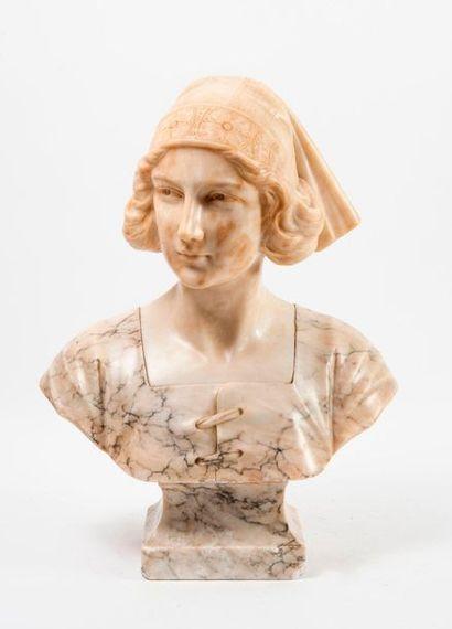 ECOLE VERS 1900.  Buste de femme à la coiffe fleurie.  Piédouche carré mouluré.  Albâtres...