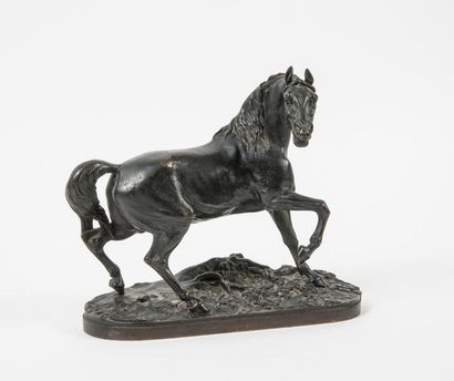 D'après Pierre-Jules MÊNE (1810-1879) Neighing horse. Bronze print with a shaded...