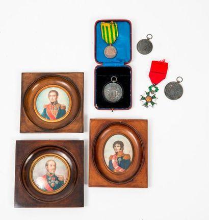 Lot comprenant :  Trois miniatures de généraux...