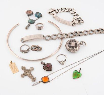 Lot de bijoux en argent (min. 800), certains...