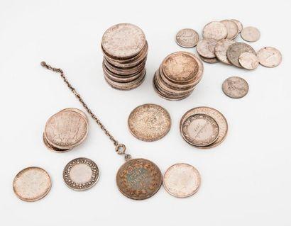 Lot de pièces en argent notamment 10 francs,...
