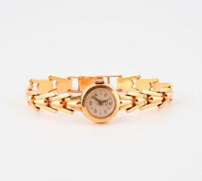 Montre bracelet de dame en or jaune (750)....