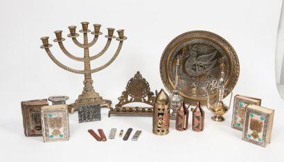 Ensemble d'objets de rite judaïque, XXème siècle :