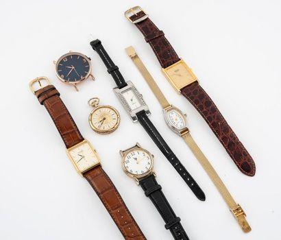 Lot de montres et une montre de col en métal...