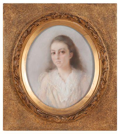 Paul ANTIN (1863-1930) Portrait de jeune fille.  Pastel sur papier rectangulaire,...