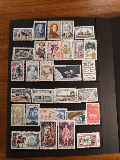 FRANCE et PAYS DIVERS, Emissions 1870/2000 Ensemble de timbres neufs et oblitérés...