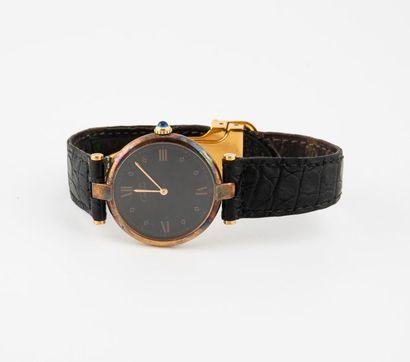 CARTIER, Must Vendôme Montre bracelet d'homme. Boîtier rond en argent doré (min....