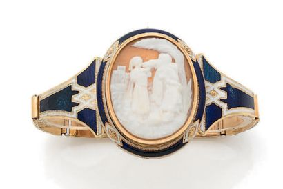 Bracelet articulé en or jaune (750) à maillons...