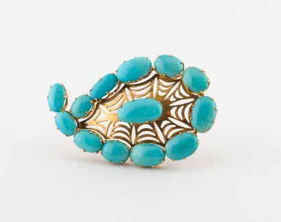 Pendentif boteh en or jaune (585) ajouré orné de cabochons ovales de turquoise.,...