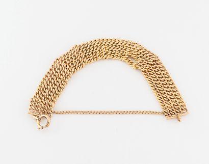 Bracelet en or jaune (750) à quatre rangs...