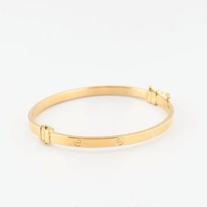 Bracelet jonc ouvrant en or jaune (750) à...