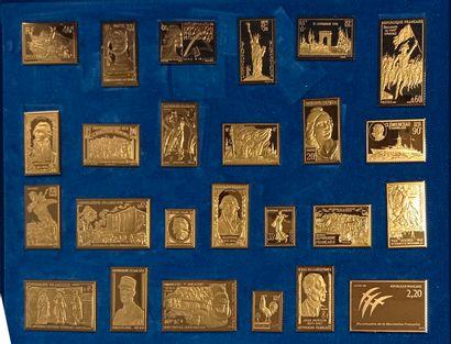 Coffret du BICENTENAIRE contenant 25 reproductions,...