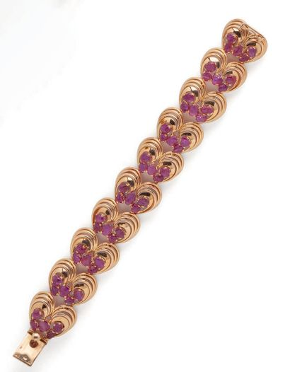 Articulated bracelet in yellow gold (750)...