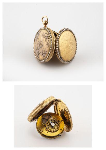Montre col à coq en or jaune (750).  Couvercle...