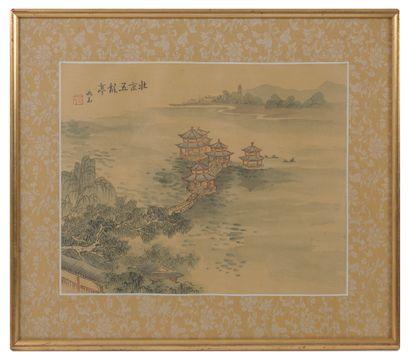ASIE, XXème siècle Trois pièces encadrées représentant des paysages fluviaux animés...