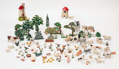 Strong lot of decoration and animals of the...