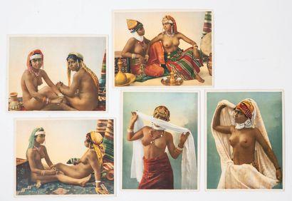 A.D.I.A Cinq photochromies :  - N°8110 Femmes arabes, modèles de pose.  - N°8102...