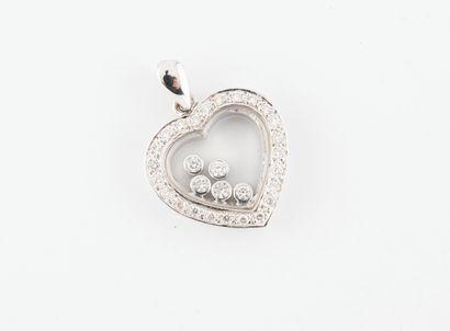 Pendentif coeur en or gris (750) centré de...