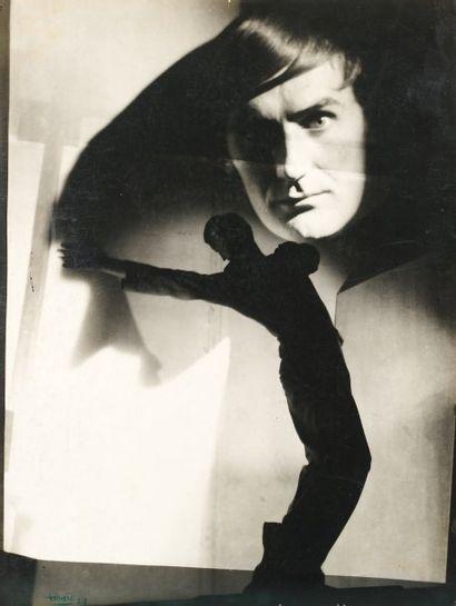 """Maurice TABARD (1897-1984) """"Surimpression de deux négatifs"""". 1929. Tirage sur papier..."""