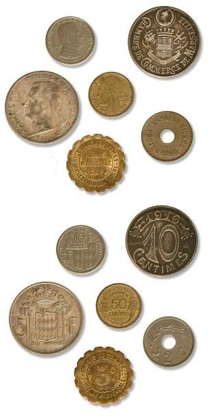 Lot de 28 monnaies variées de la Troisième...