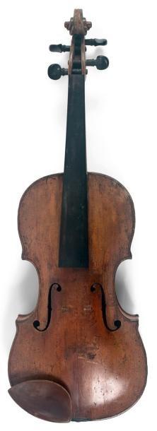 Intéressant violon français fait à Paris...