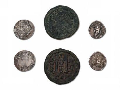 Lot de 31 monnaies byzantines en argent et...