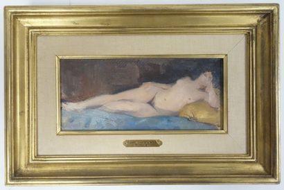 Attribuée à Paul CHARAVEL (1877-1961)  Nu allongé.  Huile sur toile.  Non signée....
