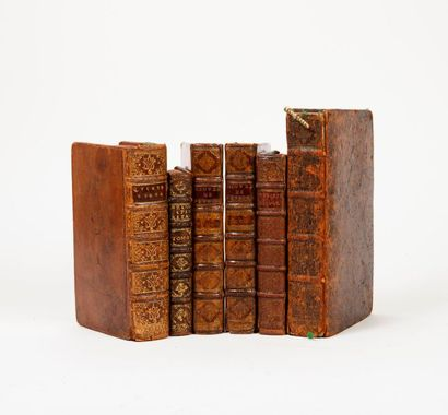 Lot de volumes divers comprenant : - Ginifaccio...