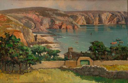 Jim Eugène SEVELLEC (1897-1971)  Vue de la baie Saint Brieux.  Huile sur toile.  Signée...