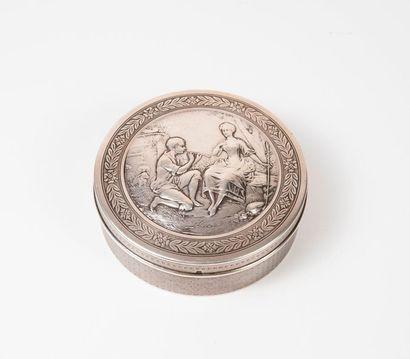 Boîte bonbonnière circulaire n argent (950)...