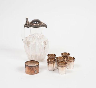 Petit lot d'argent (950) :  - 6 gobelets...