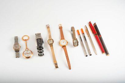 Lot de cinq montres bracelets en acier et...