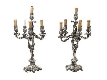 Paire de candélabres à cinq bras et six lumières...