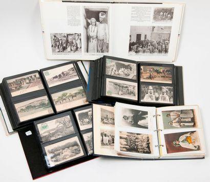 Lot de 4 volumes de cartes postales sur l'empire...