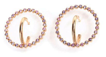 CHESNAIS Charlotte (née en 1985)<br/>Créatrice de bijoux
