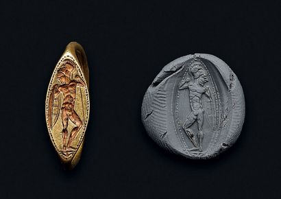 Bague gravée d'un hoplite nu et casqué armé...